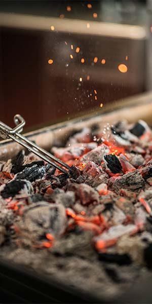 Cuisson-au-feur-de-bois-Restaurant-Vivre[s]---Rochefort---Grégory-Coutanceau